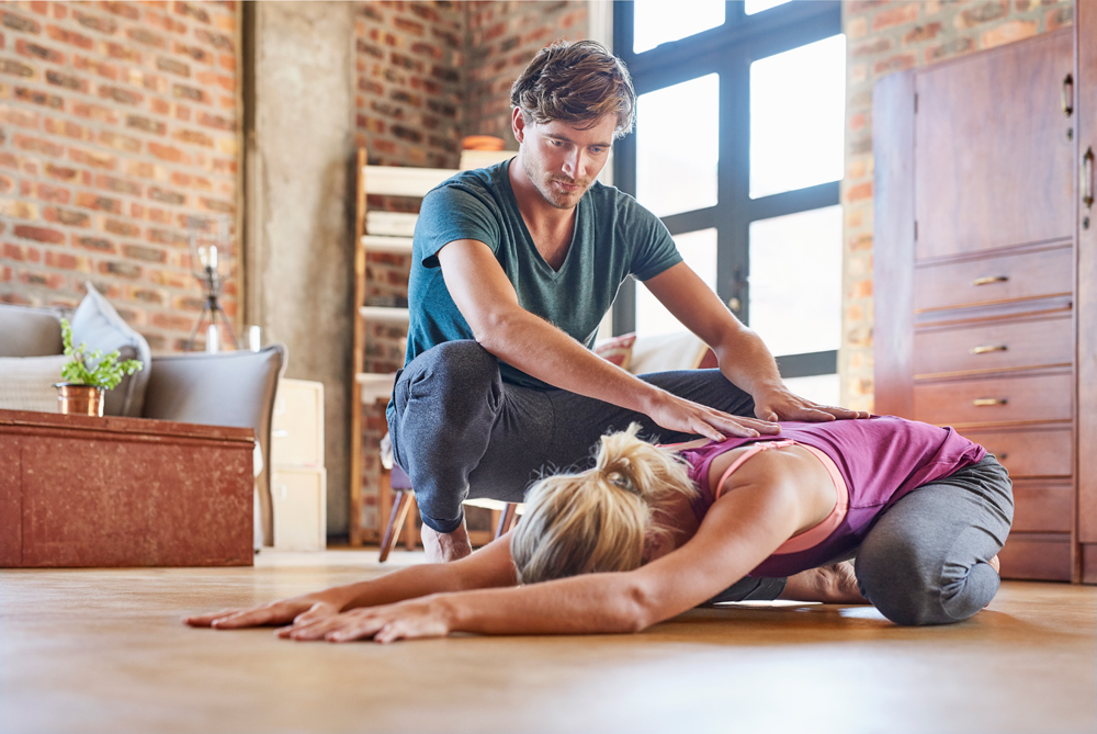 3 Reasons to choose a private yoga class over a studio ...